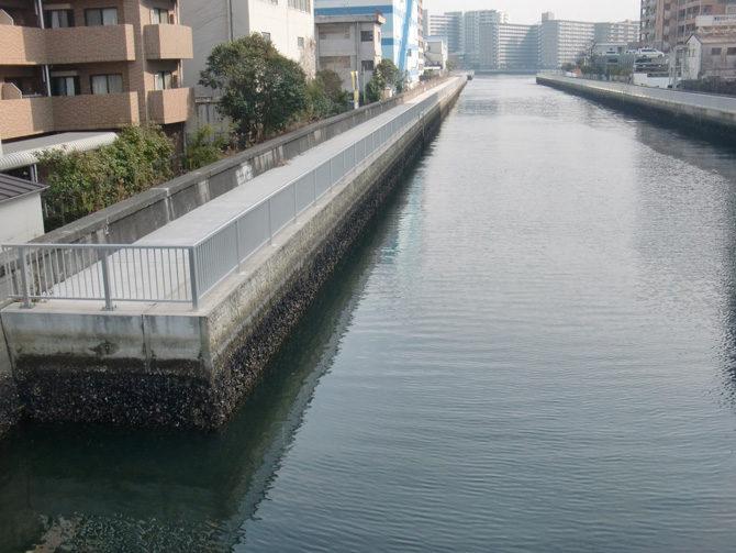 江東区臨海部平久運河垂直護岸