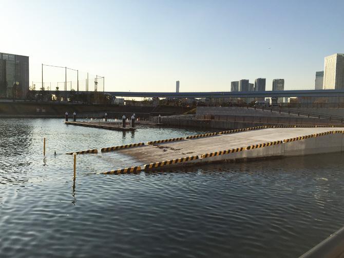 東電堀スロープと桟橋