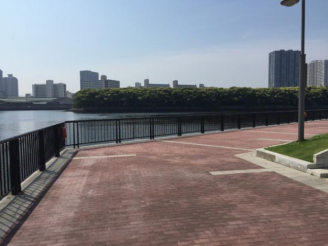 旧防波堤側