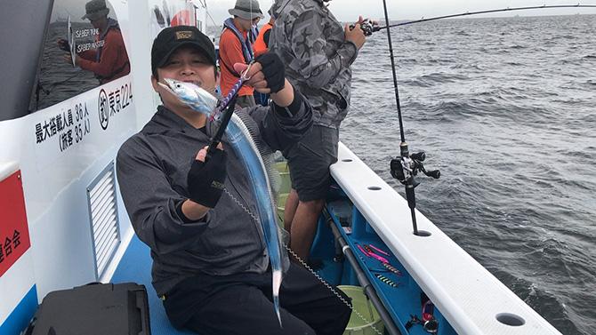 続いて釣れたタチウオ